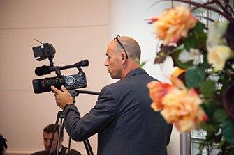 JB filmproducties - Uitvaart reportage, Zakelijke reportage, Evenementen reportage & Bruiloft reportage